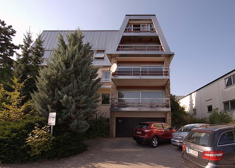 Pension Bianca in Ehningen Gebäude Aussenansicht mit Parkplatz